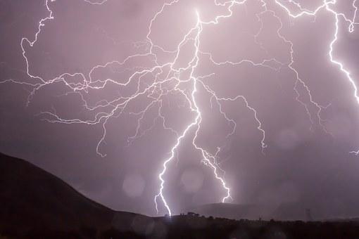 lightning-399853__340